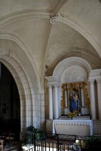 Bonnes, église Saint-André, intérieur, chapelle latérale.
