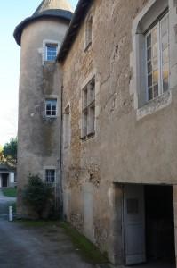 Civray, logis du prieuré Saint-Nicolas (presbytère).