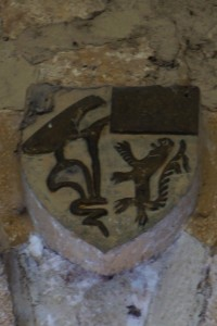 Le Vigeant, église Saint-Georges, armoirie 5