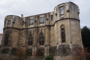 Palais des comtes, tour Maubergeon, façade méridionale avec cycle de statues.