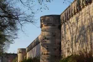 Poitiers, remparts sud, tours Barré (en Ier plan) et Ronde (en arrière plan).