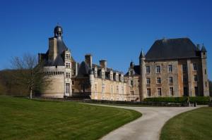 Bonnes, chateau de Touffou.
