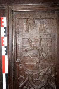 Bourg-Archambault, chateau, logis, chapelle, porte aux armes de Pierre de Sacierges (détail de l'armoirie).