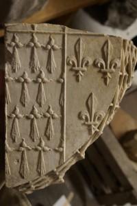 Ecusson aux armes de Claude de France, 1515-1524. Poitiers, Musée Sainte-Croix.