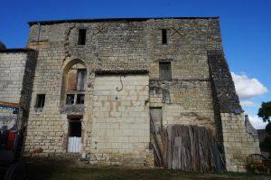 Prieuré fontevriste de Guesnes, chapelle funéraire.