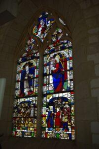 Vitrail armorié. Montgueux, église Sainte-Croix.